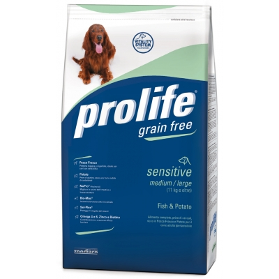 Complete pet food full of fresh fish and potatoes for small breed hypersensitive adult dogs